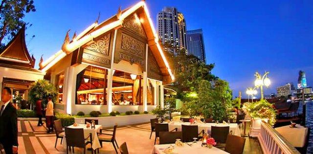Какие блюда можно попробовать в тайских ресторанах?
